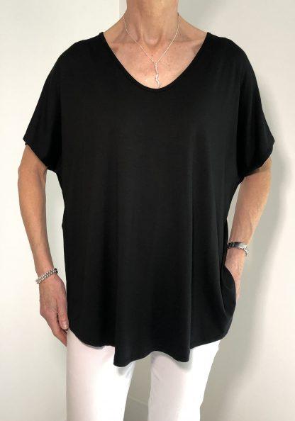 short sleeve v neck T shirt