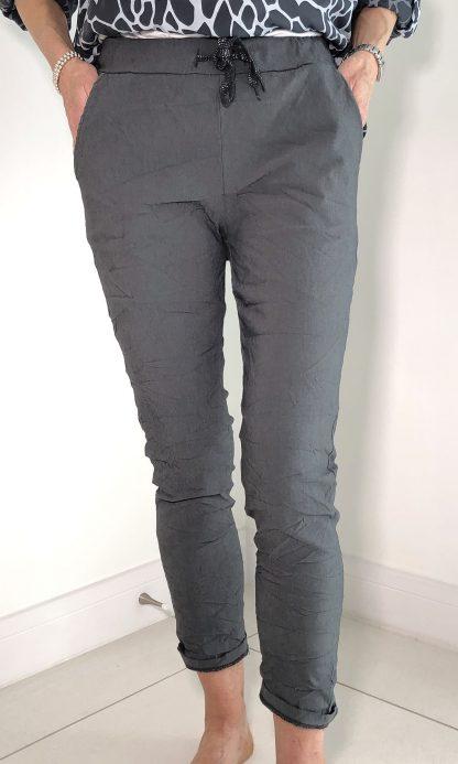 lightweight magic trouser
