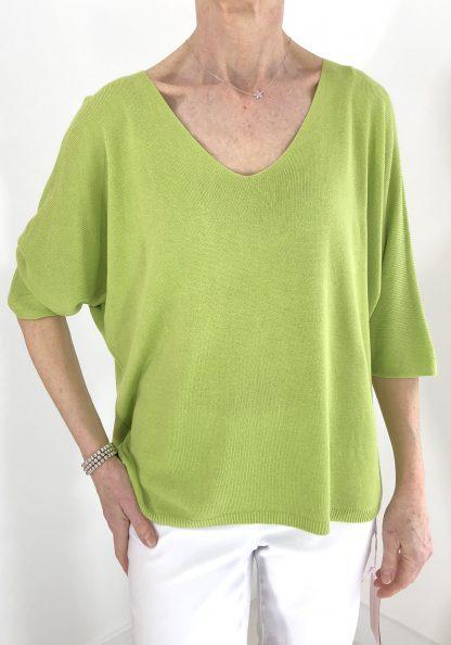 light v neck knit