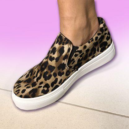 textured leopard print shoe
