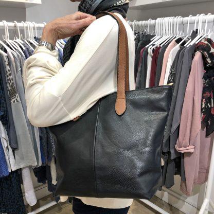 lightweight shoulder bag