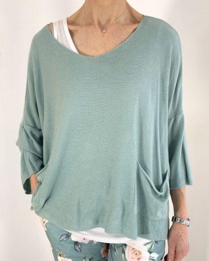 lightweight two pocket knit