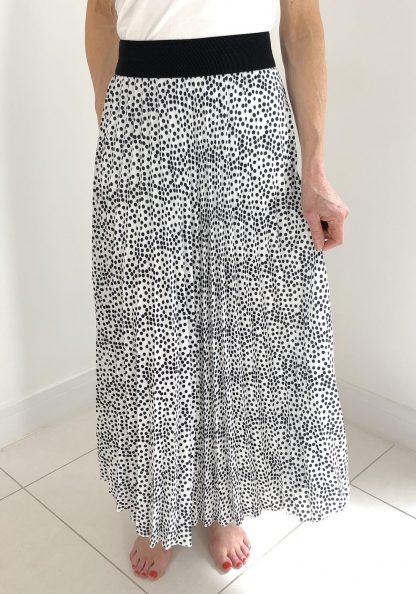 spot pleated skirt