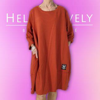 button hem dress